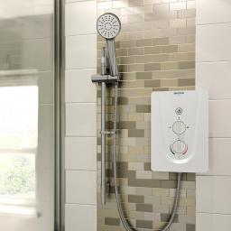 https://www.homeritebathrooms.co.uk/content/images/thumbs/0008739_bristan-smile-electric-shower-85kw.jpeg