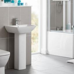 https://www.homeritebathrooms.co.uk/content/images/thumbs/0001301_jasmine-600mm-1th-basin.jpeg