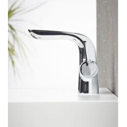 https://www.homeritebathrooms.co.uk/content/images/thumbs/0005195_tavistock-revive-basin-mixer-with-click-waste.jpeg