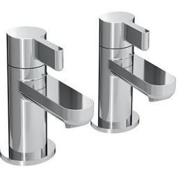 https://www.homeritebathrooms.co.uk/content/images/thumbs/0007951_bristan-clio-bath-taps.jpeg