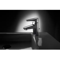 https://www.homeritebathrooms.co.uk/content/images/thumbs/0007717_roca-esmai-basin-mixer-puw.jpeg