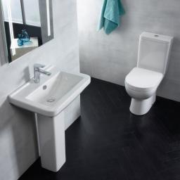 https://www.homeritebathrooms.co.uk/content/images/thumbs/0005284_tavistock-ion-close-coupled-wc.jpeg