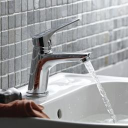 https://www.homeritebathrooms.co.uk/content/images/thumbs/0008728_bristan-vantage-basin-mixer-without-waste.jpeg
