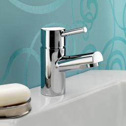 https://www.homeritebathrooms.co.uk/content/images/thumbs/0008523_bristan-prism-basin-mixer-without-waste.jpeg