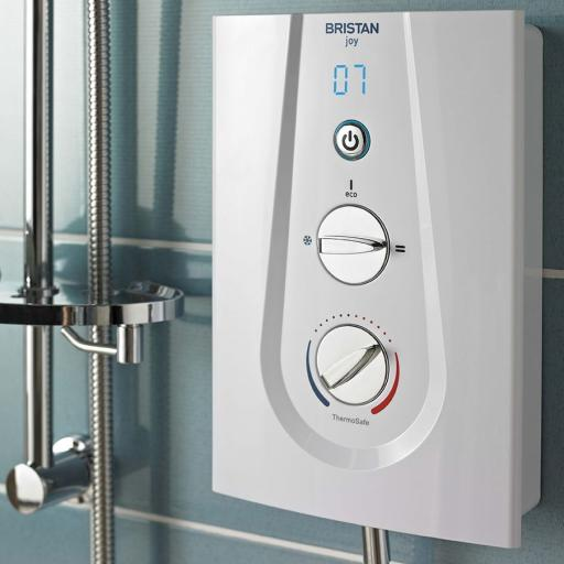 https://www.homeritebathrooms.co.uk/content/images/thumbs/0008762_bristan-joy-thermostatic-electric-shower-85kw-white.jp