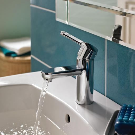 https://www.homeritebathrooms.co.uk/content/images/thumbs/0008469_bristan-nero-basin-mixer-without-waste.jpeg