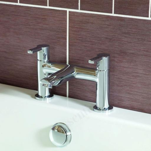 https://www.homeritebathrooms.co.uk/content/images/thumbs/0001064_dawn-bath-filler.jpeg