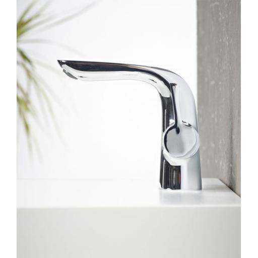 https://www.homeritebathrooms.co.uk/content/images/thumbs/0005195_tavistock-revive-basin-mixer-with-click-waste.jpeg