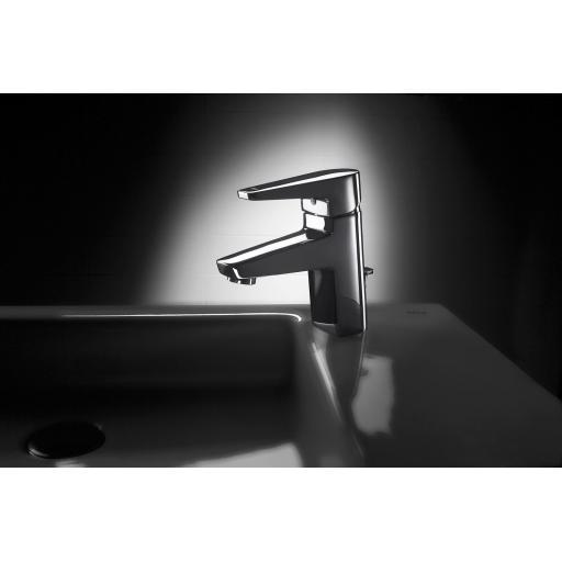 https://www.homeritebathrooms.co.uk/content/images/thumbs/0007717_roca-esmai-basin-mixer-puw.jpeg