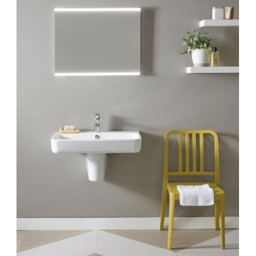 https://www.homeritebathrooms.co.uk/content/images/thumbs/0005936_tavistock-agenda-700mm-ceramic-basin.jpeg