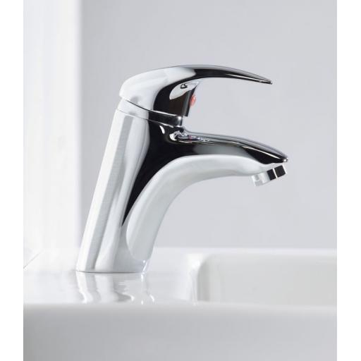 https://www.homeritebathrooms.co.uk/content/images/thumbs/0005243_tavistock-cruz-basin-mixer-without-pop-up-waste.jpeg